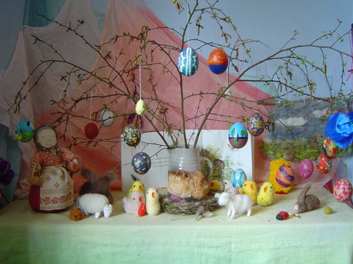 Easter (late March) table.